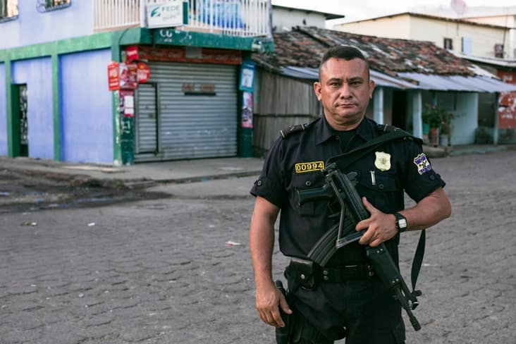 A policeman in El Salvador, the country with highest murder rate