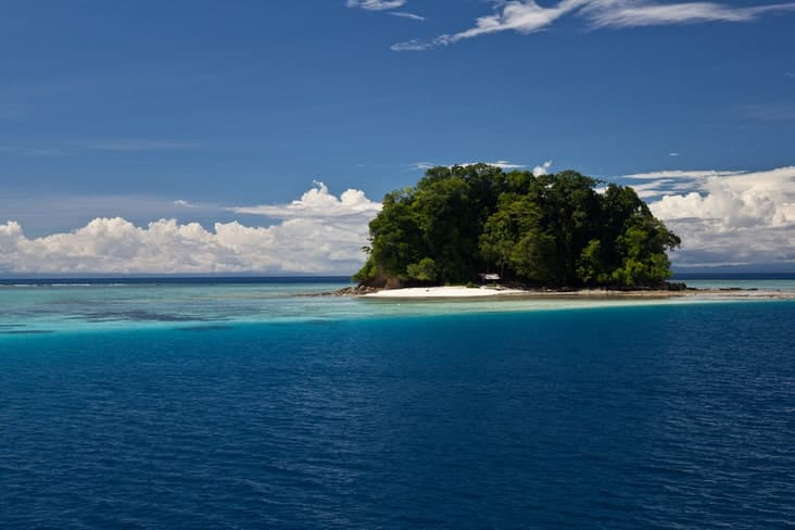 One of the country's 992 islands