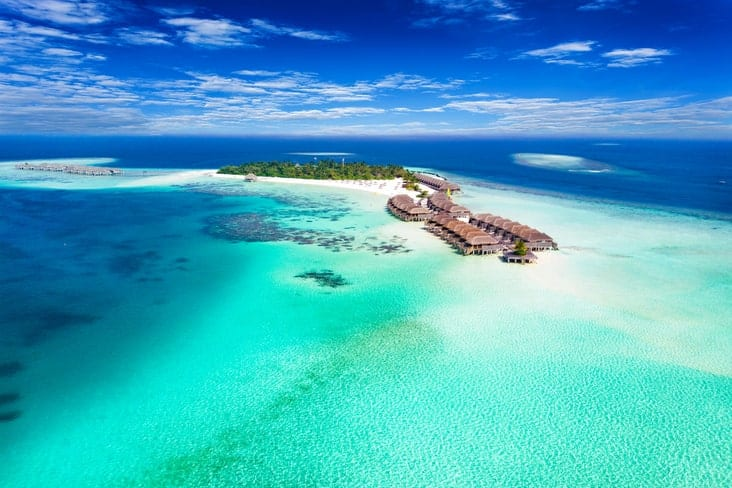 Interesting facts about the Maldives include its spectacular islands